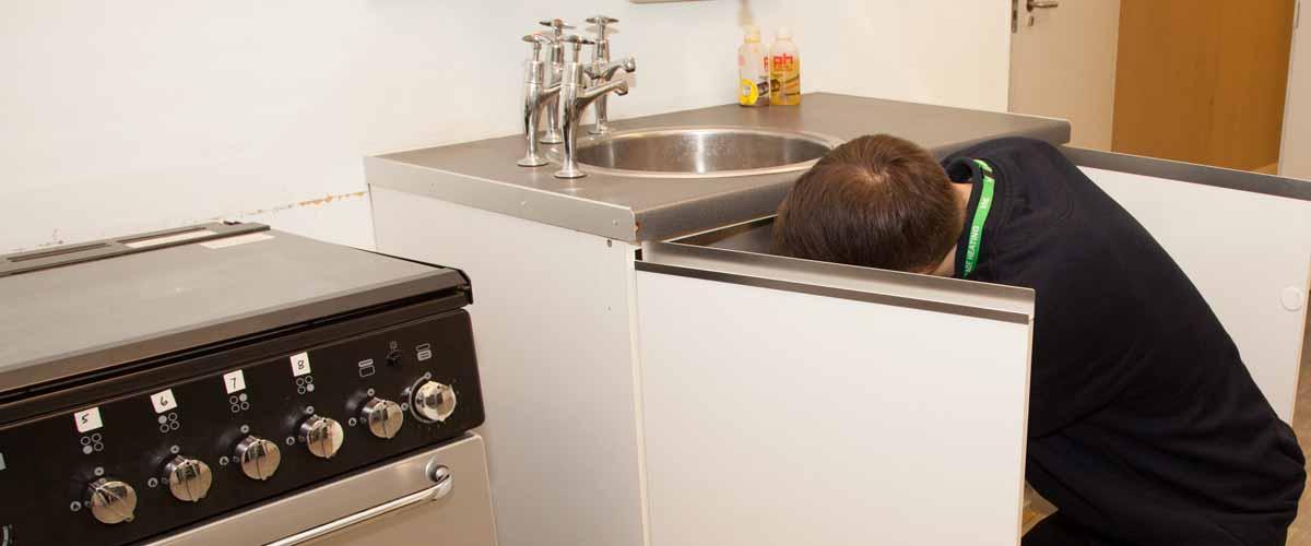 VHL plumbing a sink