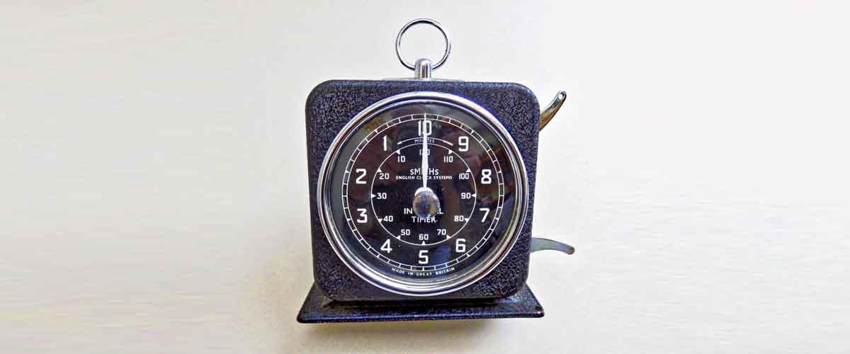 Black analogue timer
